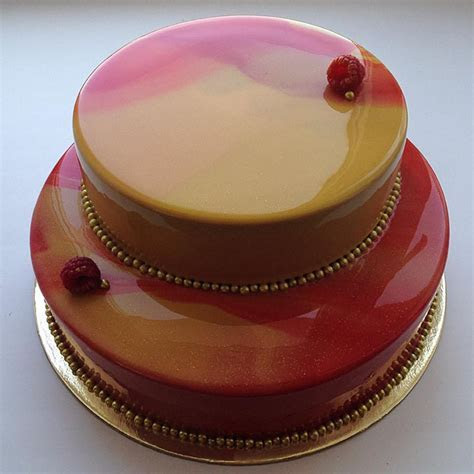 Are Mirror Cakes The Latest Wedding Cake Trend?   Mon