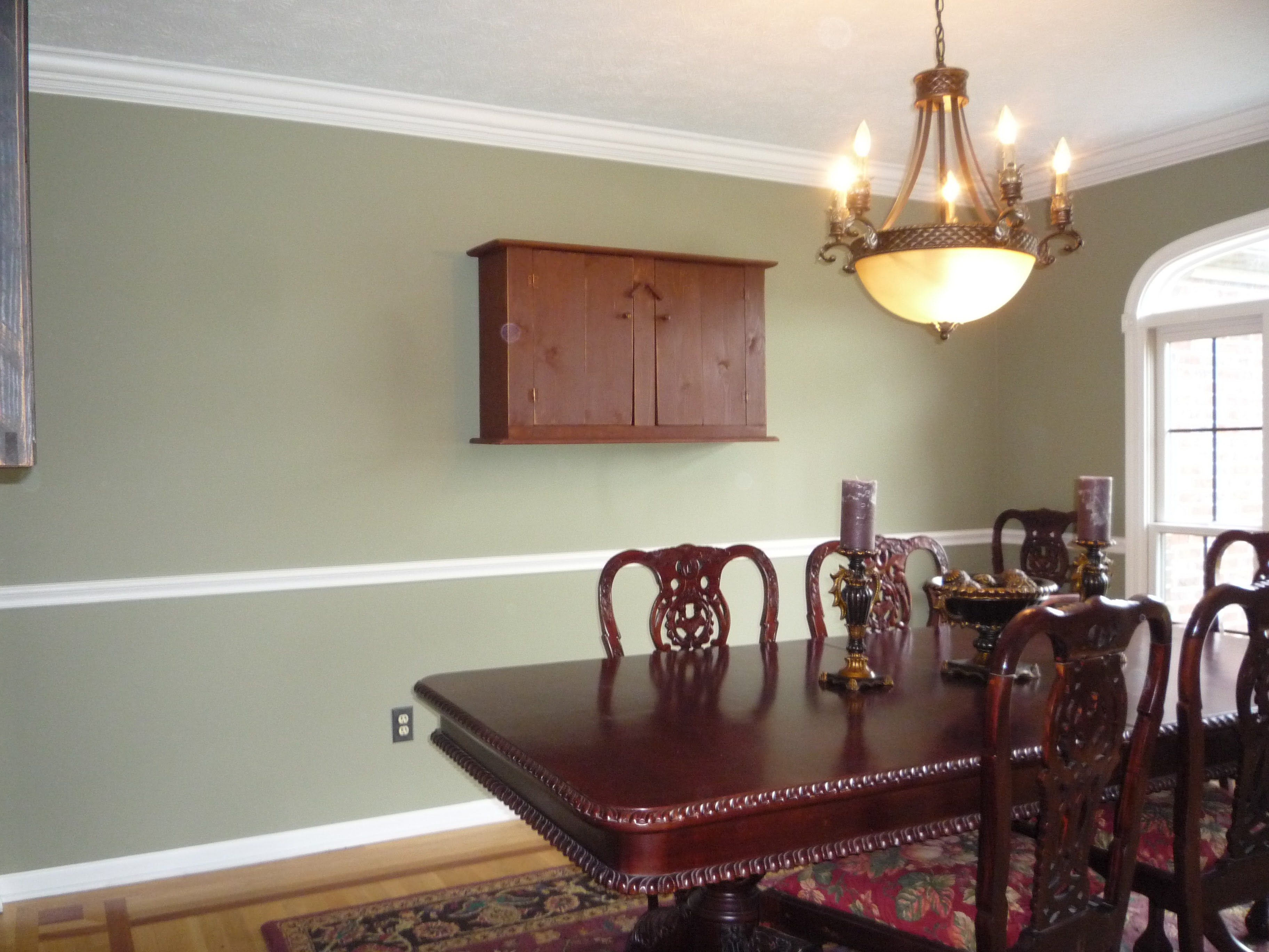 Dining room with chair rail | McClain Painting | Cleveland, OH