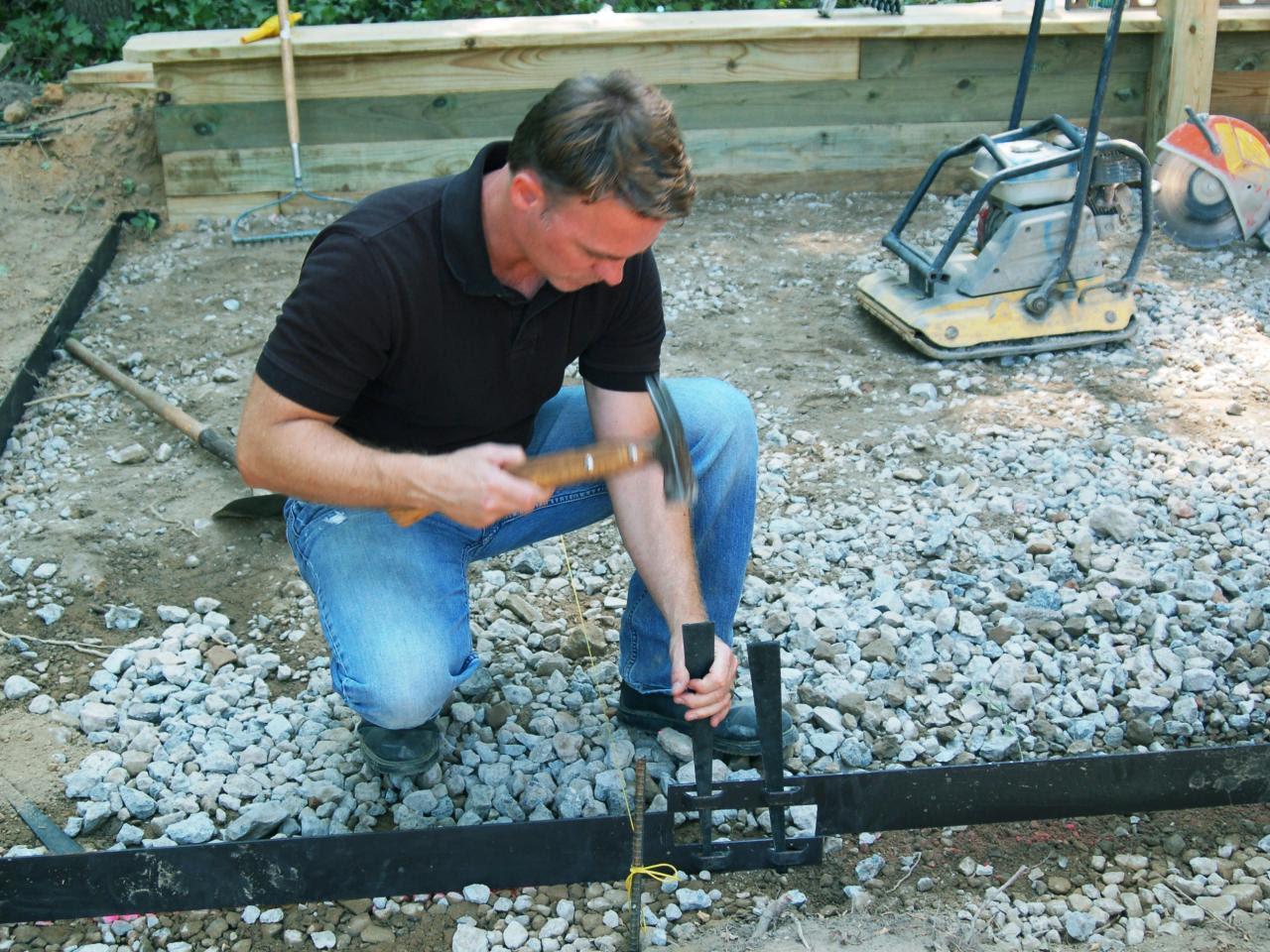Building a Paver Patio   how-tos   DIY