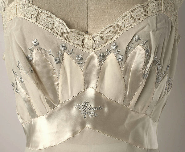 Vintage 1950's embroidered silk nightgown, lingerie embroidery