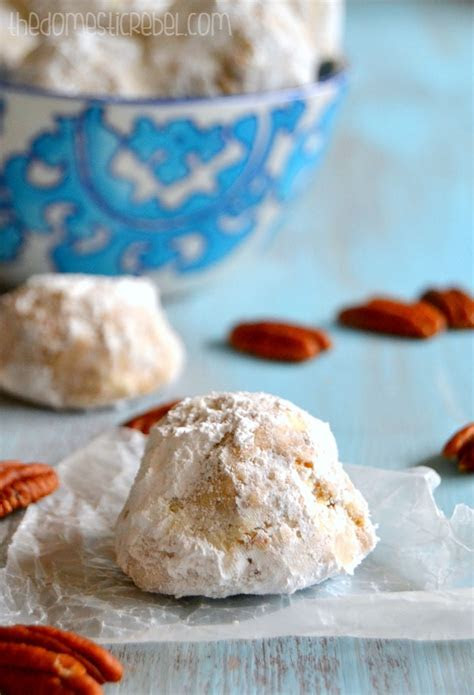 The BEST Snowball Cookies {Or Russian Tea Cakes. Or