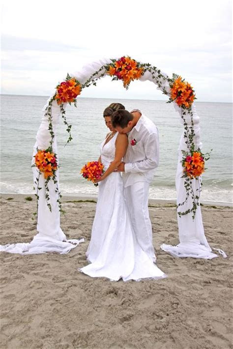 Affordable Beach Weddings   Wedding Arched and Extras