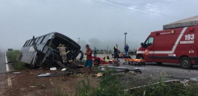 20 pessoas da Baixada Maranhense ficaram feridas em acidente com ônibus em Goiás