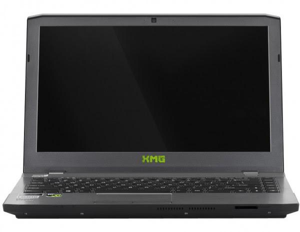 Schenker XMG P303 (1)