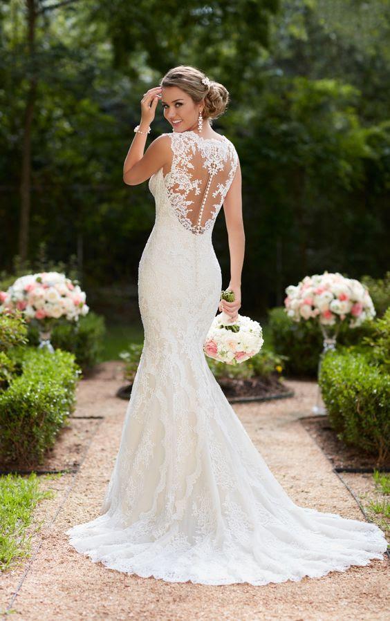 Meerjungfrau-Spitze-Hochzeits-Kleid mit Knopf-Reihe auf die illusion zurück