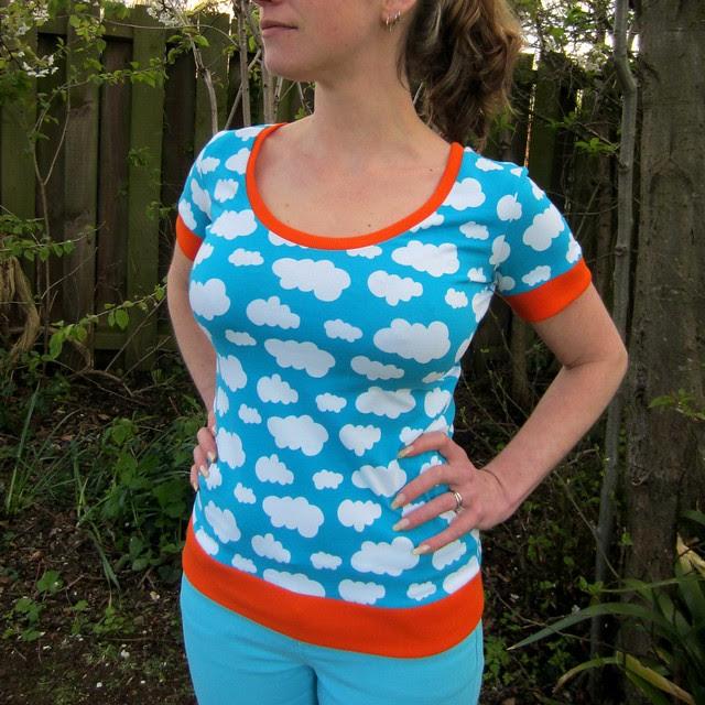 Turquoise cloud print tshirt