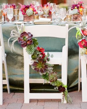 Elegant and Affordable Wedding Flower Ideas We Love