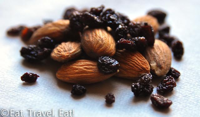 St Regis Monarch Beach- Dana Point, CA: Almonds and Raisins