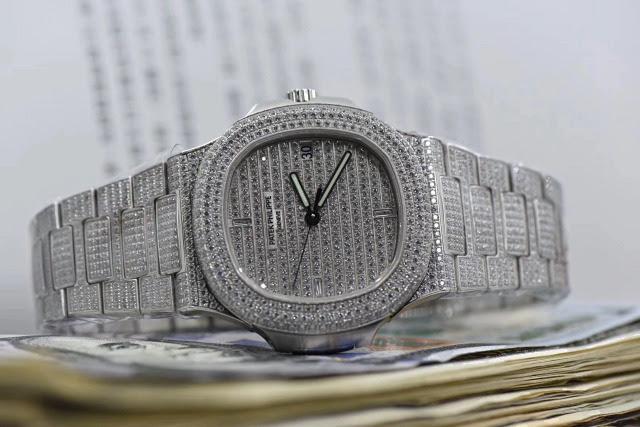 Replica Patek Philippe Nautilus Full Diamond Watch