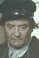 Jean Carmet dans Graine d'ortie