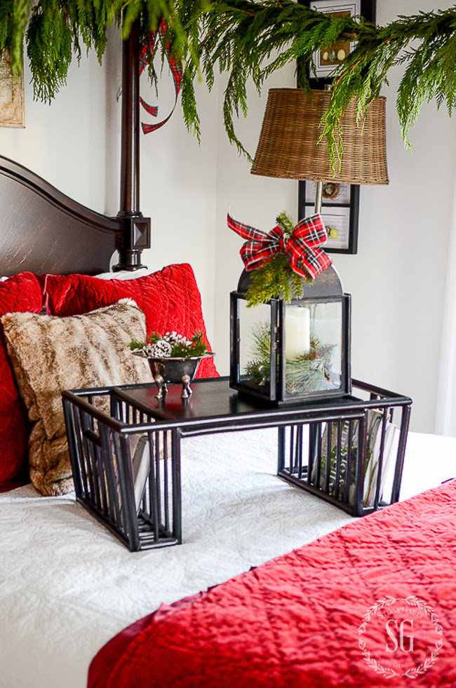 DECORATE YOUR BEDROOMS FOR CHRISTMAS - StoneGable