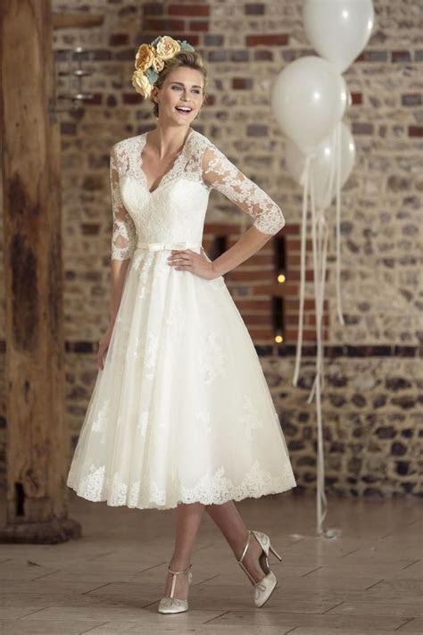 17 Best ideas about 50s Wedding Dresses on Pinterest