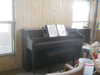 Piano in Library