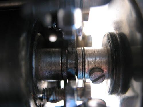 Right knob assembly, Smith-Corona Silent c.1948