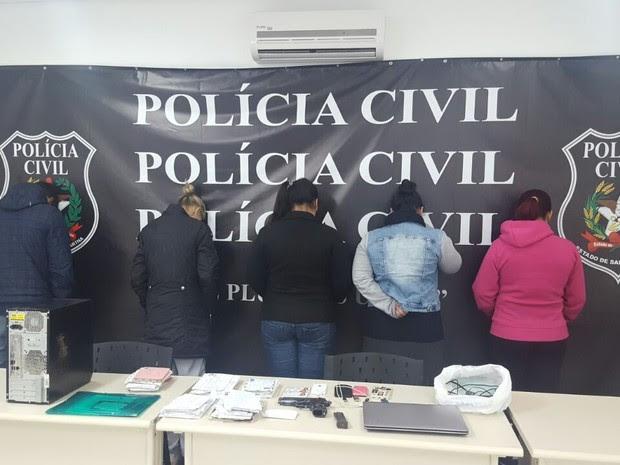Suspeitos de integrar facção criminosa foram presos nesta terça (7) pela Deic (Foto: PRF/Divulgação)