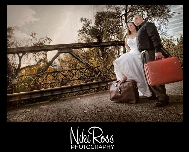 bride&groom-bridge-vaca2
