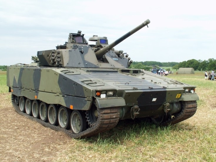 Hägglunds CV9035NL combat vehicle