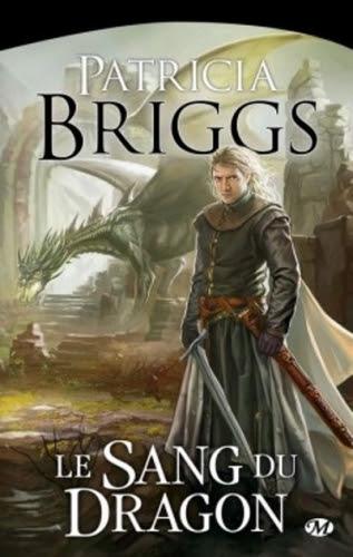 Couverture Hurog, tome 2 : Le Sang du Dragon