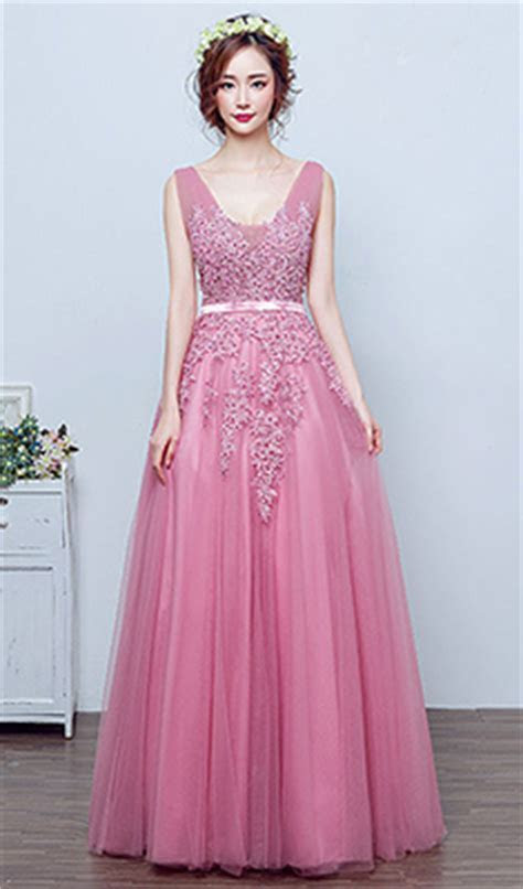 The Best Evening Gowns for Your Wedding Reception ? THE
