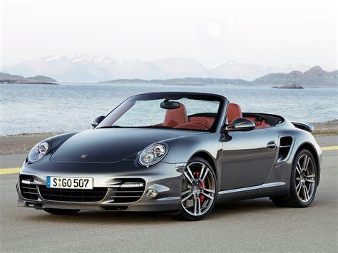 911 Turbo Convertible / 997 / 911 Turbo / Porsche / Base de données / Carlook