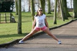 Imogen Thomas - Joggin in a London Park