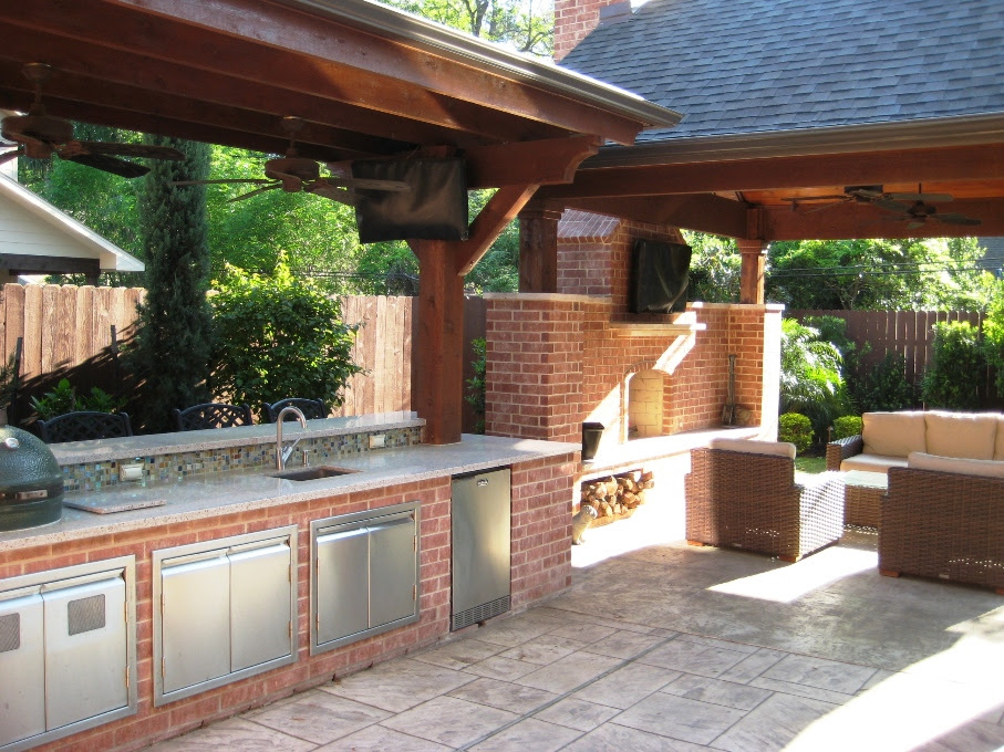 Outdoor Kitchens | Wood Crafters