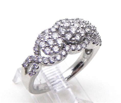 ladies  white gold  stone illusion  cts diamond