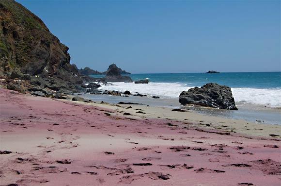 4171694_plyaj_Pfeiffer_Beach_foto_7 (580x383, 37Kb)