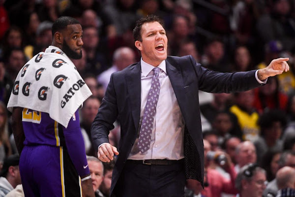 a14bd83c1a7a LeBron James is reportedly ignoring Luke Walton s play calls to nobody s  surprise