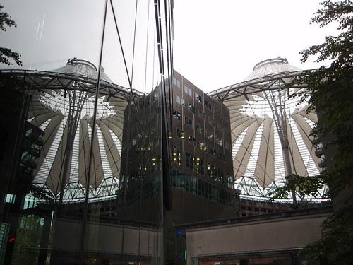Sony Center mal 2