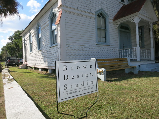 IMG_5710 2013-10-04 602 Carteret Street Beaufort SC former Berean Presbyterian Church former J. I. Washington Branch library now USC Beaufort Studio