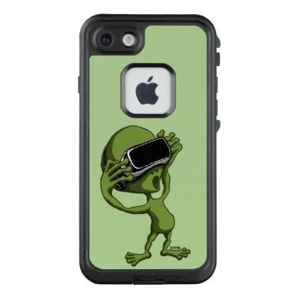 VR Alien LifeProof FRĒ iPhone 7 Case