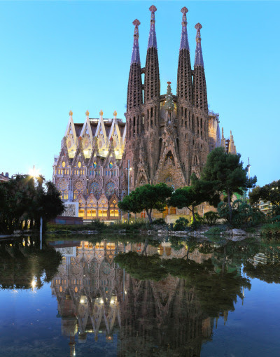 Sagrada Familia, Barcelona (by Kenny Teo )