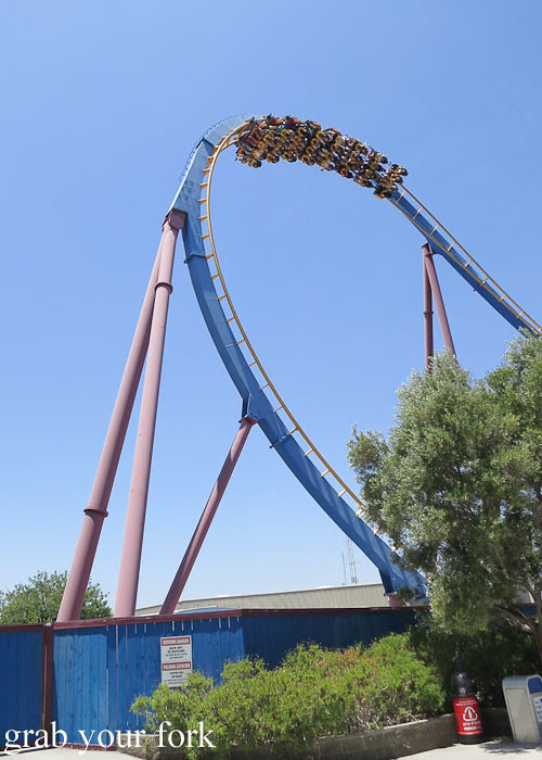 scream roller coaster at magic mountain six flags in valencia los angeles