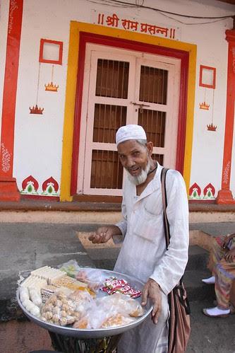 Hindus And Muslims Live In Peace In Mumbai.. Happy Maha Shivratri by firoze shakir photographerno1