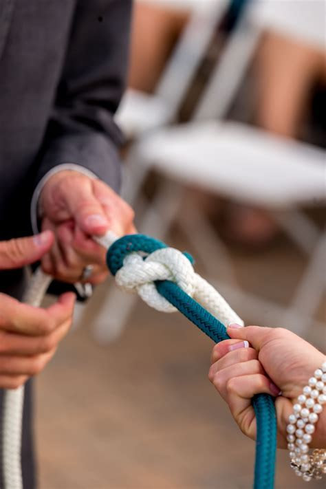 A nautical idea for your ceremony, Tying a True Lovers