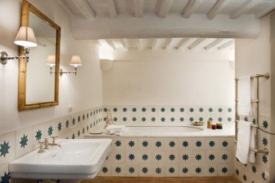 Villa Cetinale bathroom. Star tile.