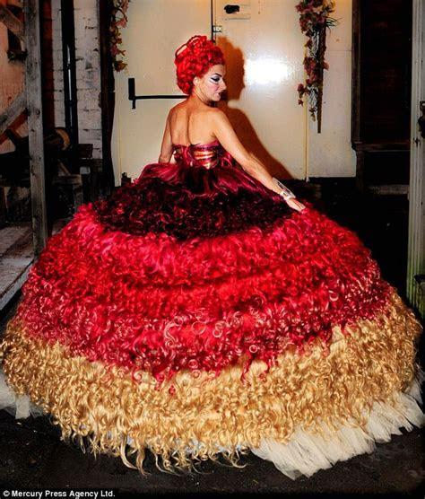 My Big Fat Gypsy hair dresser! TV travellers' seamstress