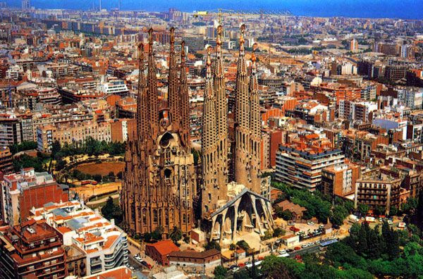 An aerial view of the Temple Sagrada Família...which isn't set to be completed till 2026 or 2028.