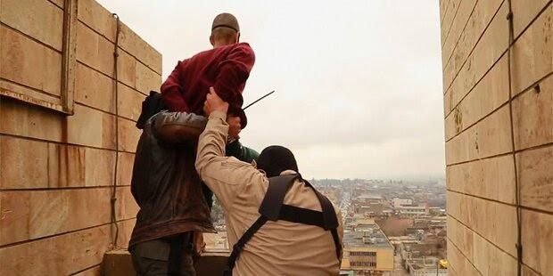 ISIS stürzt Homosexuelle vom Dach