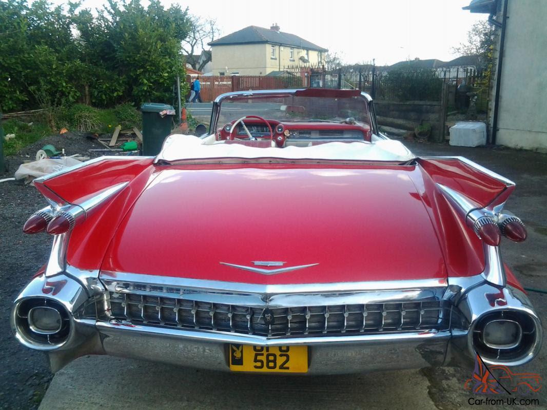 1959 CADILLAC RED