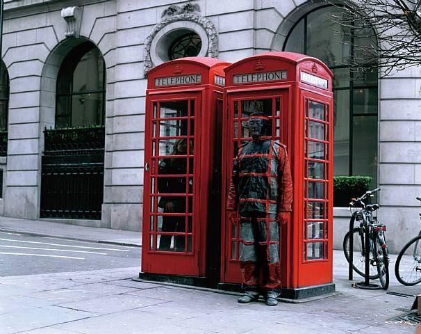 Liu Bolin, Hiding in the City No. 65, Telephone Booth