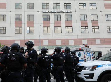 Médico atirador deixa seis feridos e depois morre em ataque em hospital nos EUA