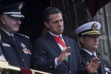 Enrique Peña Nieto encabezó el desfile militar en Palacio Nacional. Foto: Octavio Gómez
