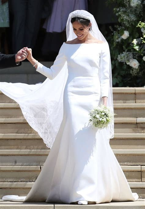 Meghan Markle's Givenchy Wedding Dress: All the Details