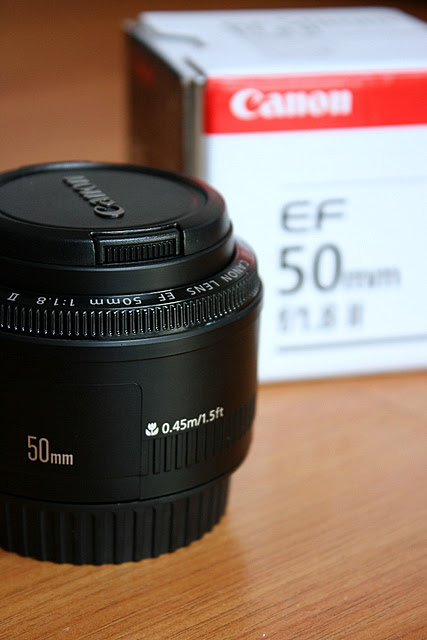 The Canon 50mm f/1.8 II lens