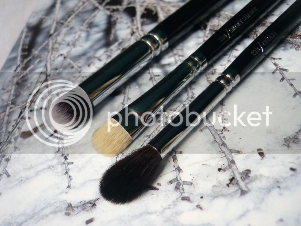 photo zoeva-brushes1_zpsb20d1065.jpg