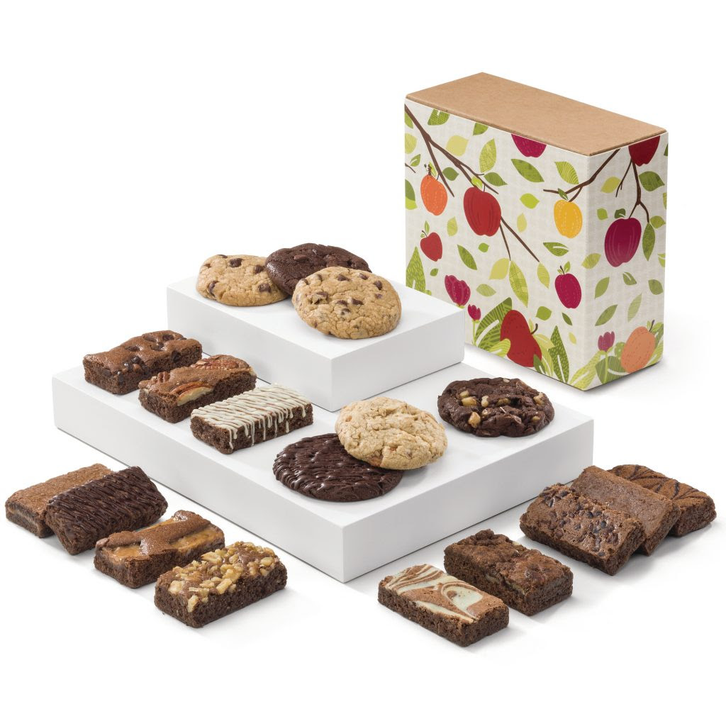 Fairytale Brownies Fall Cookie & Sprite Combo! 18 total pieces 12 Fairytale Sprites: 1 Caramel, 1 Chocolate Chip, 1 Mint Chocolate, 1 Original, 1 Pecan, 1 Raspberry Swirl, 1 Toffee Crunch, 1 Walnut, 1 White Chocolate, 1 Espresso Nib, 1 Cream Cheese, 1 Cinnamon Cocoa. 6 Fairytale Cookies: 1 Toffee Chocolate Chip, 1 Caramel Pecan, 1 Chocolate Chip, 1 Double Chocolate, 1 Coconut Walnut, 1 Mint Chocolate