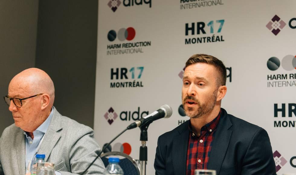 A la derecha, Mark Lysyshyn durante la presentación de su estudio en la conferencia HR17.