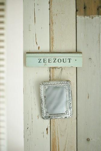 [zeezout] by wood & wool stool